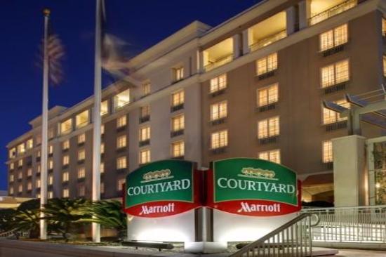 Charleston SC Full-Service Hotels