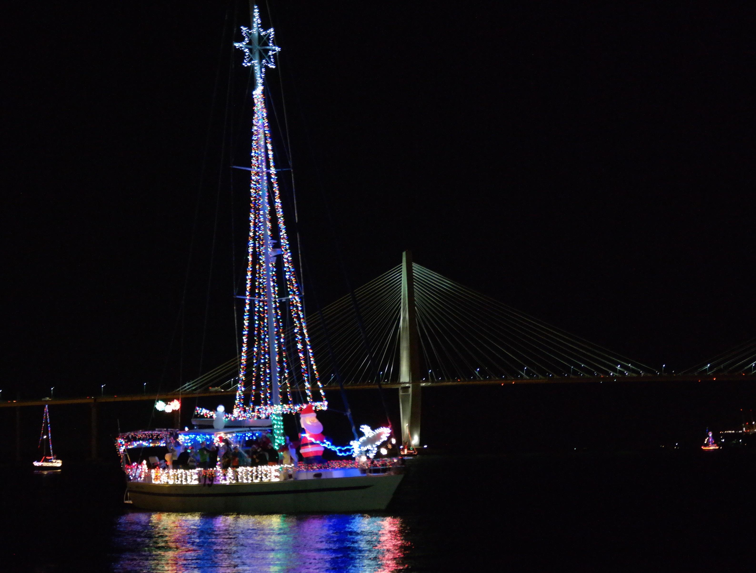 Charleston Holiday Boat Parade