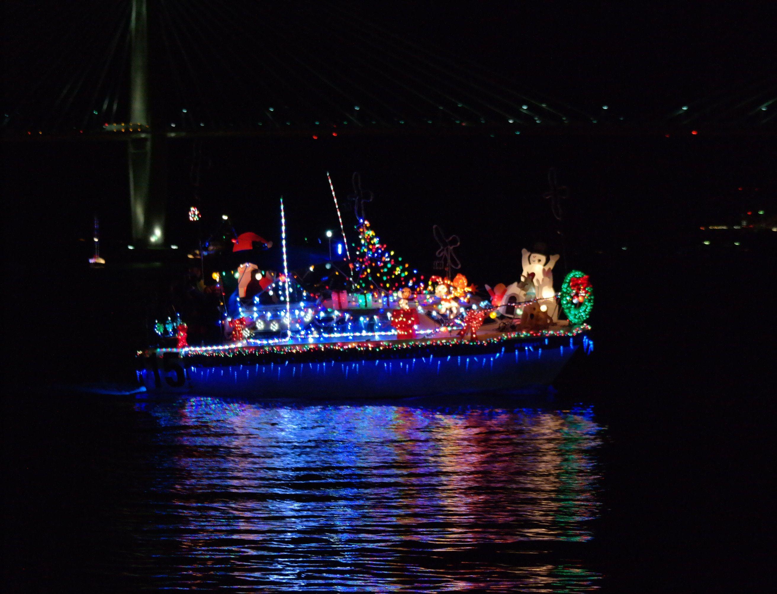 Charleston Holiday Boat Parade 2020 Charleston Visitors Guide
