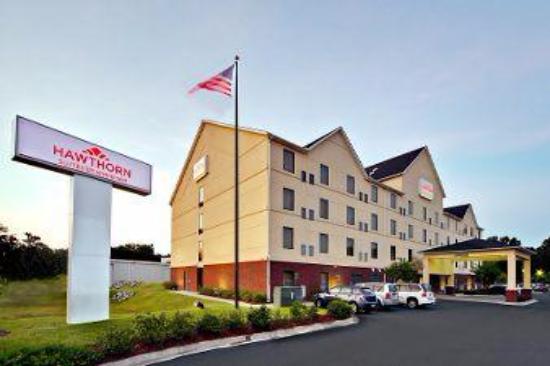 Hawthorn Suites by Wyndham Charleston SC