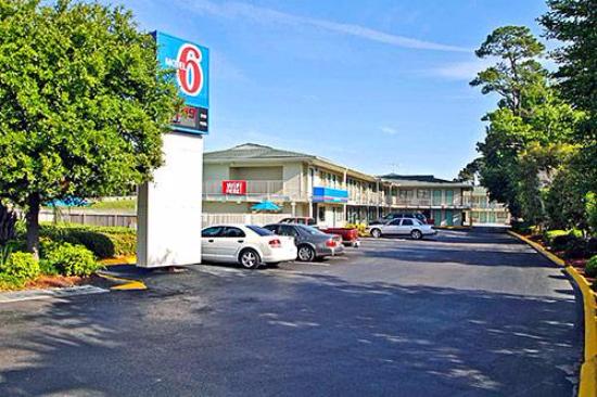 Motel 6 Charleston SC