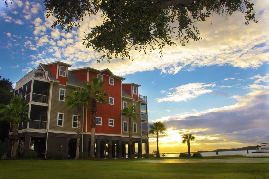 Regatta Inn Folly Beach