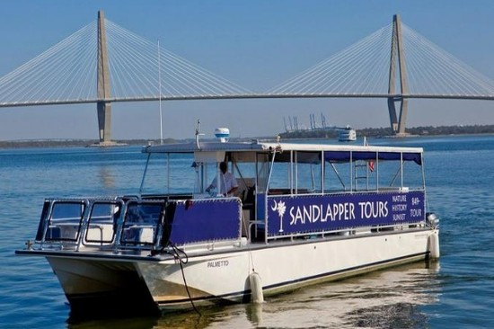 Charleston Tours Insight to the Past of the Lowcountry. The abundant Charleston tours of the Lowcountry are enough to satisfy any history buff. Even if history is not your thing, I promise you will find something here to peak your interest.